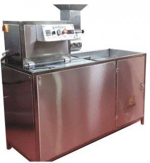 ماكينة الفلافل      Falafel making machine