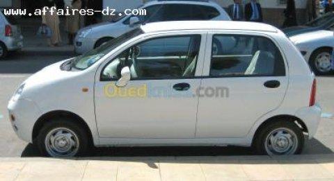 سيارة QQ للبيع