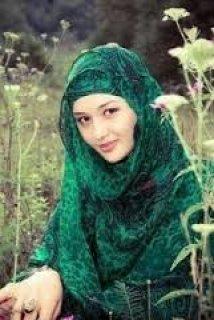 جزائرية تبحت عن زوج جزائري