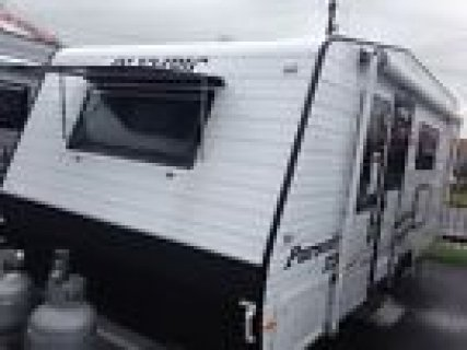 2013 OLymipic PURSUIT Z3 Caravan