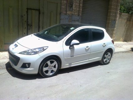 Peugeot 207 Fennec 2011