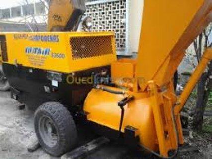 louer de l\'équipement/Camion GMC-pompe à béton S3500/2013