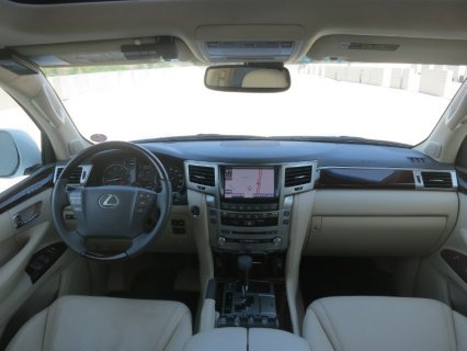 صور For sale Used: 2013 Lexus LX 570 V8 4WD 4dr SUV Jeep Full Option 2
