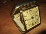ساعة قديم للبيع