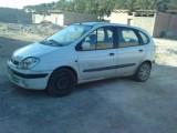 بيع سيارة سينيك 2000